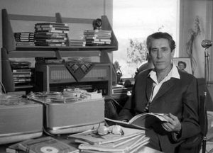 Friedrich Jurgënson publie un ouvrage intitulé : « Radiotéléphonie avec les morts ».